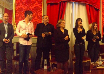 På scenen med blandt andre Roberto Cavalli og Maurizio de Giovanni til Festival del Gialo i Cozensa i Italien, oktober 2013