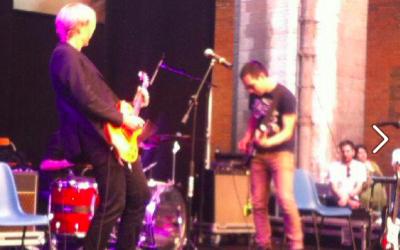 På scenen med Bud Spencer Blues Explosion til Le Corde dell'Anima-festivalen, Cremona, Italien juni 2014